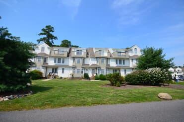 Lakeside Estates Condominiums For Sale